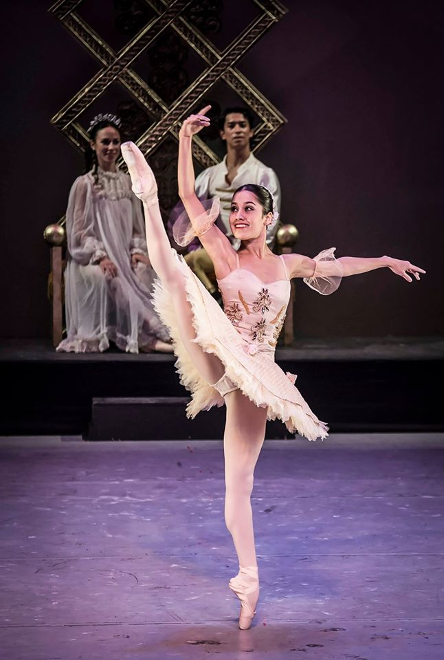 bailarina yoalli-sousa