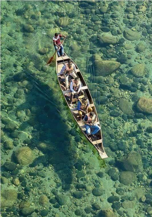 Cano en la riviera